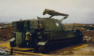 Tom Garveys M108 Gun 1 in Vietnam 1967 resized